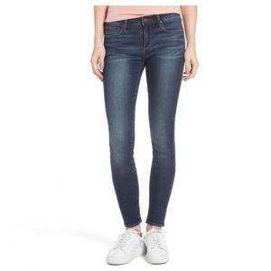 EUC Articles Of Society Skinny Jeans Sz 27